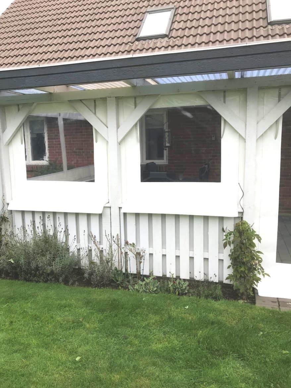 Terrasseafdækning i hvid