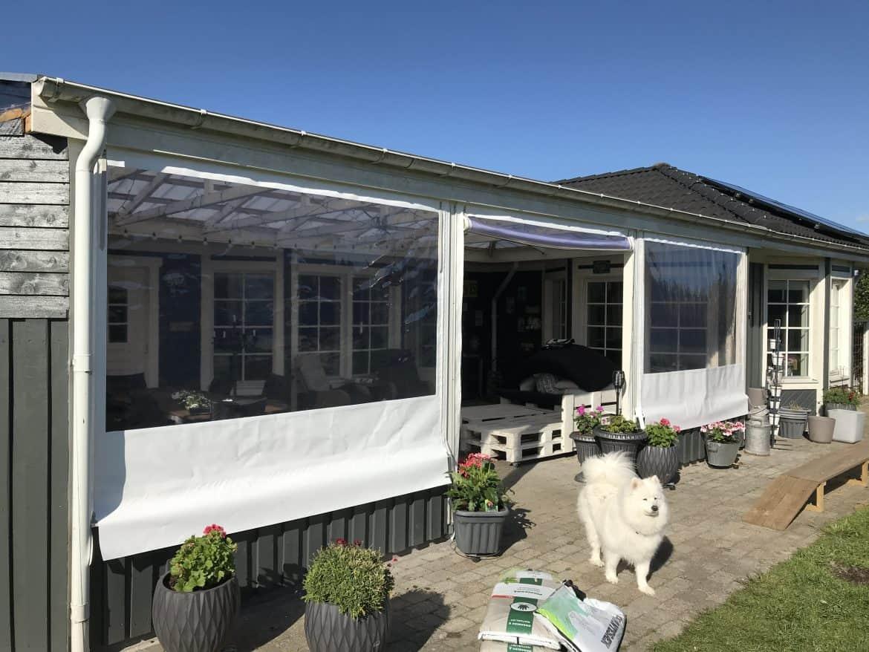 Terrasseafdækning-hvide sidestykker